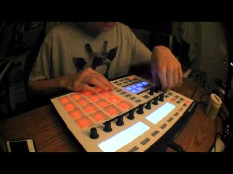 "Destroying Grizzly Bear's ""Two Weeks"" sample on the Maschine (Hip Hop Beat)"