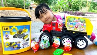 Toy car dumpers find Kinder egg excavator Excavator Toy car trash by entertainment for baby