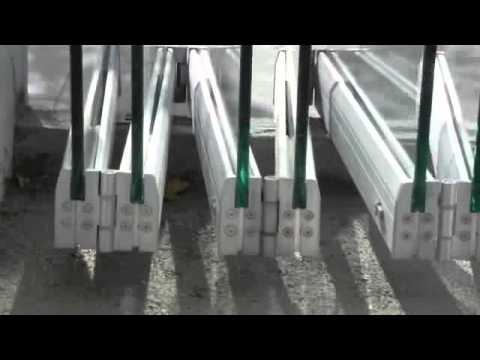 Tauro vd sistema oculto para puertas plegables de vidrio youtube - Puertas plegables de aluminio ...