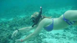 Scuba Diver Girls Snorkel the Cook Islands!!!