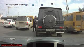 citizen fights back Russian mafia guy in Mercedes G