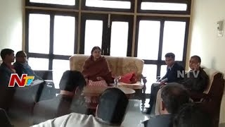 Union Minister Maneka Gandhi Abuses Officer In Public Meeting