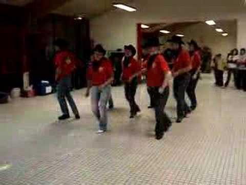 redneck-booty-dancers
