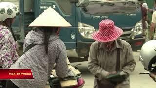 Việt Nam xem lại quyết định cho dùng tiền Trung Quốc ở biên giới (VOA)