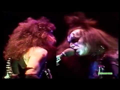 Kiss - C'mon And Love Me