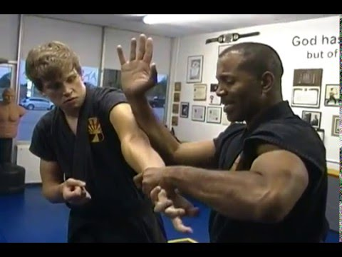 Double Wrist Grab defense Technique - TG Aiki Jitsu APD Image 1