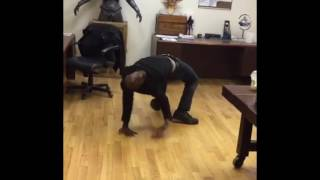 Contortionist Troy James Freak Out The Internet By Walking Like A Spider