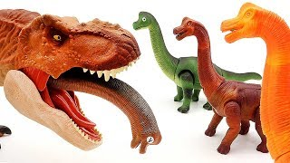 Toy Dinosaurs T-Rex Dino Walking Brachiosaurus Laying Egg Battle video For Kids Funny Video