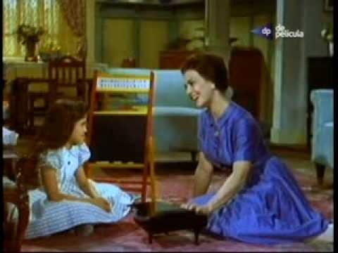 Marga Lopez canta Del azul del cielo... La edad de la inocencia