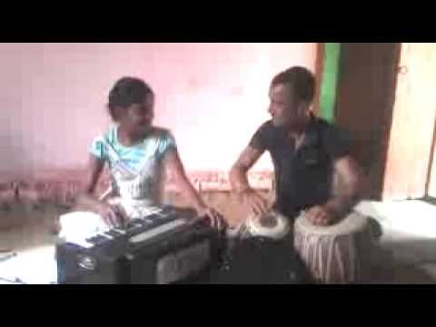 Playing Harmoniam video