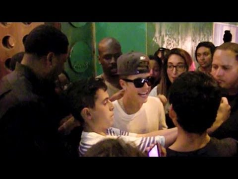 Justin Bieber's Bodyguard Assaults Female Fan video
