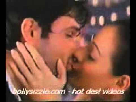 Diya Mirza Hot Kiss 2 video