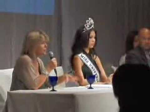 Miss Universe 2007 Riyo Mori Arrival-2 Video