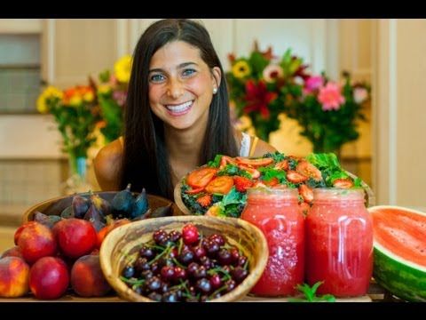 What FullyRaw Kristina Eats in a Day (Summer Edition)