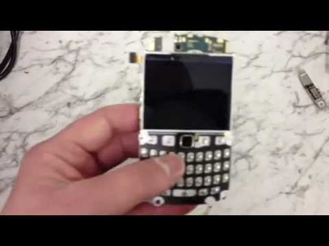 How to Replace the LCD Screen on a Blackberry 9320