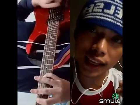 smule bareng gitaris cewek celltyaa ft 1tominovian  mp4