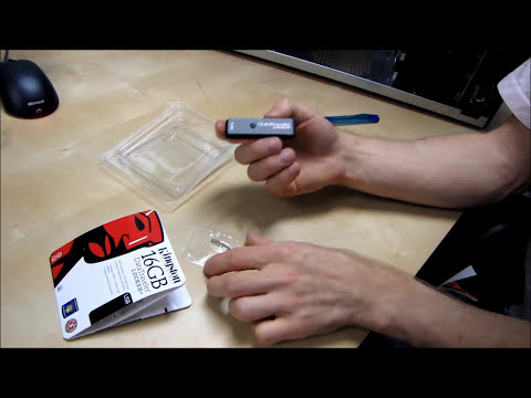 Kingston Datatraveler Locker+ 16GB USB Key Thumb Drive Unboxing & First Look Linus Tech Tips