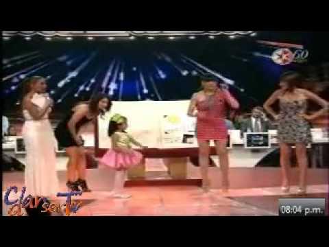 Ana Celeste bailando junto a GALILEA y las jueces de PG