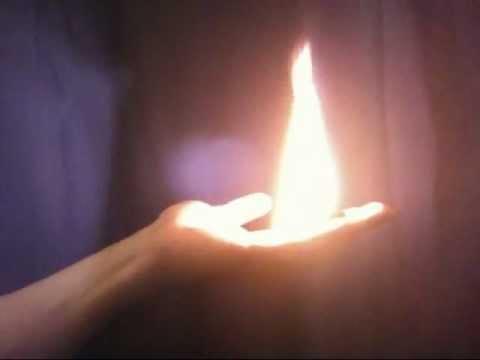 Фокус с огнем - огонь в руках как сделать - обучение