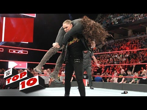 Top 10 Raw moments: WWE Top 10, March 6, 2018 thumbnail