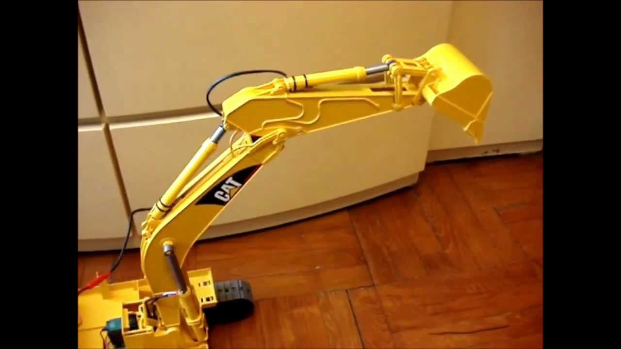 Bruder CAT Excavator RC Conversion - The Cylinders