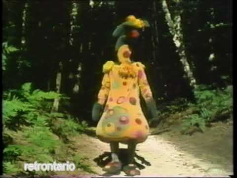 Polka Dot Door Polkaroo vs. A Dinosaur 1983
