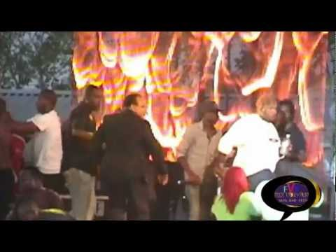 Popcaan and Blak Ryno Sting 2012 better fight view