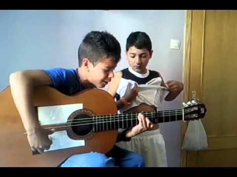 niños cantando por el culto unos mostros!! - YouTube Cantando