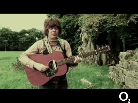 fionn regan 'hey rabbit' live on electric picnic tv