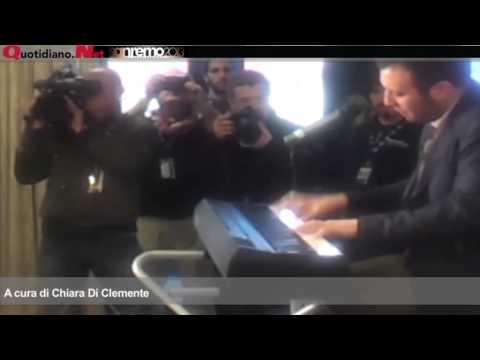Sanremo 2013 – Raphael Gualazzi live
