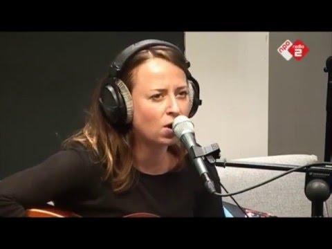 Stephanie Struijk - Nieuwe Maan live in de Roodshow Late Night