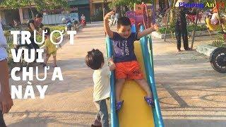 Bé Bi Chơi Trò Chơi tại sân trường Mẫu Giáo - Phuong An TV