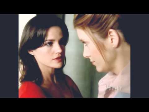 Carla Gugino & Kate Walsh (Karen Sisco)