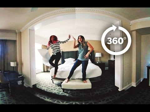 BORED in a HOTEL : WHAT to DO ?! ( in 360 VIDEO )