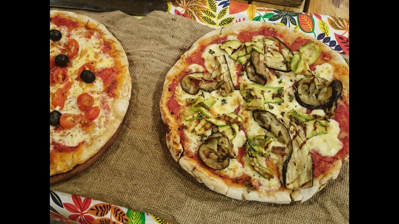 Pizza integral con cubierta de vegetales
