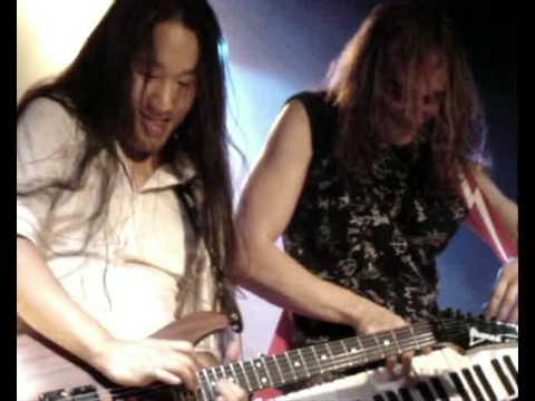 DragonForce - Valley of the Damned Solo - LIVE