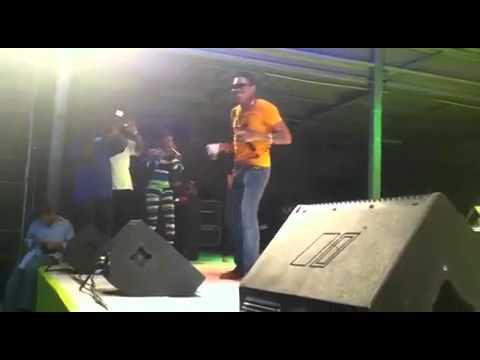 Vybz Kartel, Popcaan & Gaza Slim Live In St Maarten @ SXM Gaza Invation OCT 2010 [Djomaster Video]