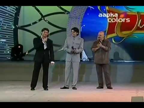 Hrithik Roshan Singing  Tere Jaisa yaar kahan - Umang ( 2011...