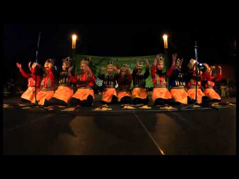 Tari Saman - Saman Dance Trip to Lloret de Mar-Barcelona Spain, International Folklore Festival 2012