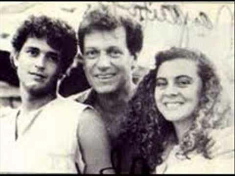 Carlos Vives - ME ESTOY MURIENDO DE AMOR - CARLOS VIVES (bALADA)