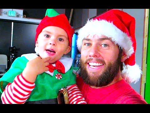 THE CUTEST ELF ON THE INTERNET!
