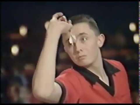 """James """"Jammie Dodger"""" Wilson vs. Craig Clancy - Quarter-Final - 1990 BDO British Youth"""