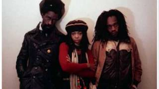 Black Uhuru - Solidarity