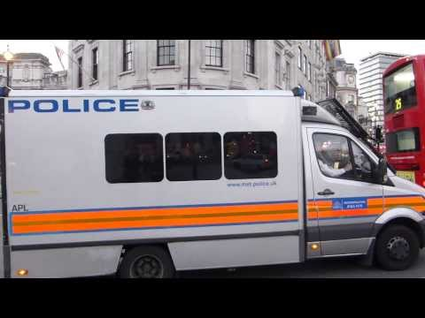 Metropolitan Police Mercedes Sprinter Public Order Van On Emergency Call