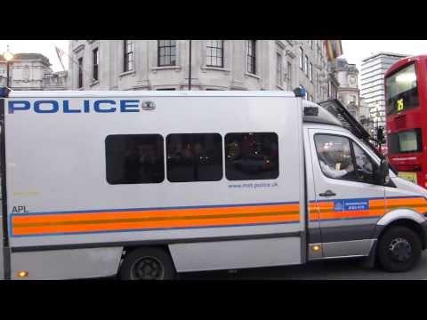 Metropolitan Police Mercedes Sprinter Public Order Van On Emergency Call