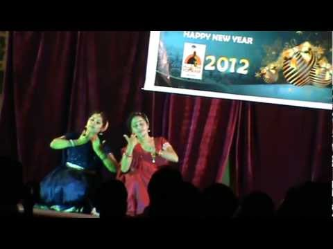 Ganashyama Stage Performance By Soumya Vinod And Praseetha Niranjan video