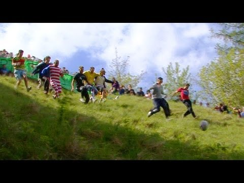 CHEESE ROLLING 2013 Coopers Hill ~ Insanity in HD