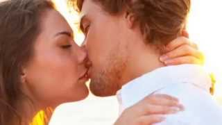 Happy Valentines Day Romantic Kissing Pictures Wallpapers Images Pics 2015   Whatsapp   Facebook  