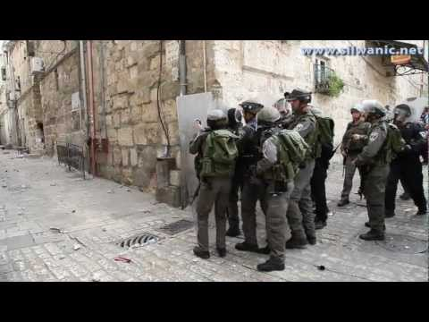 israeli-soldiers-invade-masjid-al-aqsa-8-march-2013.html