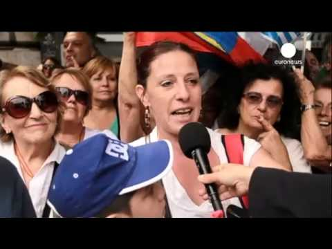Uruguay: Leftist Vazquez is sworn in as president